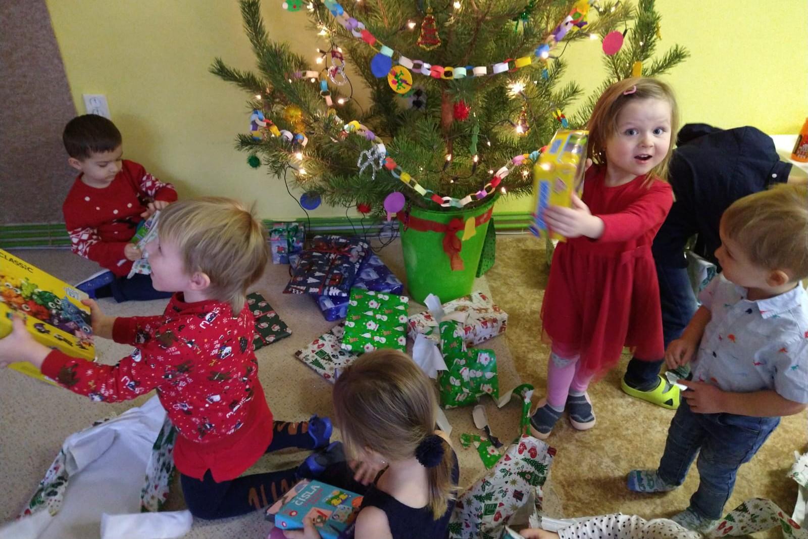 Vánoce ve školce 18.12.2020