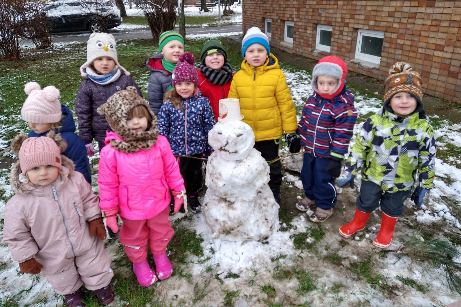 Stavíme sněhuláka 7.1.2021